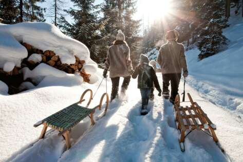 Toboggan fun for the whole family